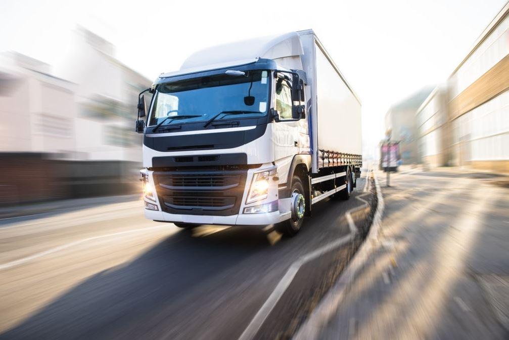 Seguro todo riesgo para camiones: 4 mejores coberturas